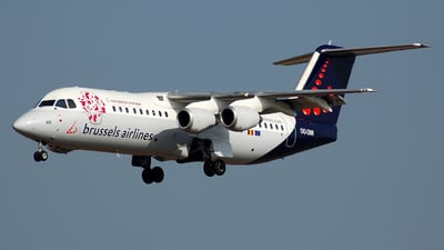 OO-DWI - British Aerospace Avro RJ100 - Brussels Airlines