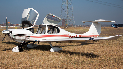 PH-XJB - Diamond DA-40D Diamond Star TDI - Private