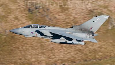 ZG713 - Panavia Tornado GR.4A - United Kingdom - Royal Air Force (RAF)