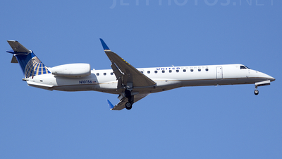A picture of N10156 - Embraer ERJ145XR - United Airlines - © TarmacPhotos.com