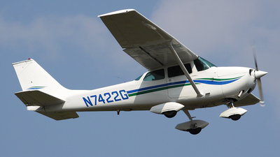 N7422G - Cessna 172K Skyhawk - Private