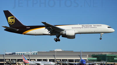 A picture of N422UP - Boeing 75724APF - UPS Airlines - © planespotter3