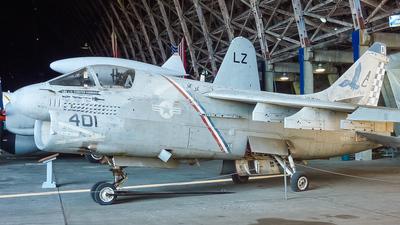 158819 - LTV A-7E Corsair II - United States - US Navy (USN)