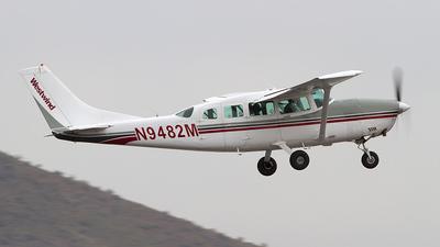 A picture of N9482M - Cessna 207A Skywagon - [20700698] - © Felipe Garcia
