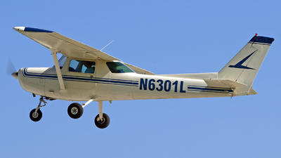 A picture of N6301L - Cessna 152 - [15284384] - © Steve Homewood