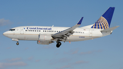 N14629 - Boeing 737-524 - Continental Airlines