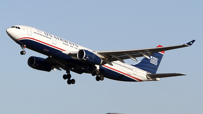 N282AY - Airbus A330-243 - US Airways