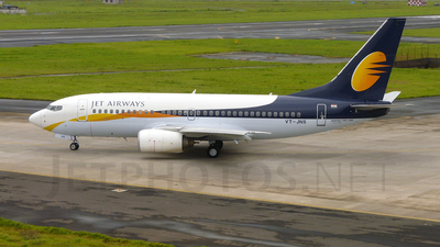 VT-JNS - Boeing 737-73A - Jet Airways