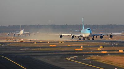 HL7438 - Boeing 747-4B5ERF - Korean Air Cargo