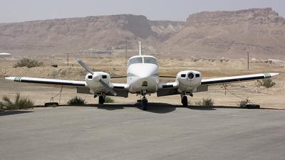 4X-CIO - Piper PA-23-250 Aztec E - Private