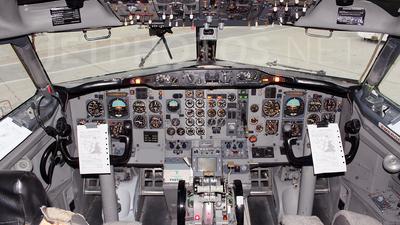 YV2722 - Boeing 737-2Y5(Adv) - Estelar