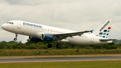 LX-STC - Airbus A320-212 - Strategic Airlines Luxembourg