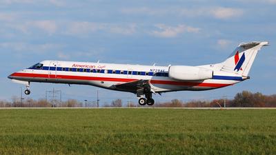 N728AE - Embraer ERJ-135LR - American Eagle