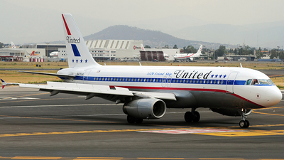 N475UA - Airbus A320-232 - United Airlines