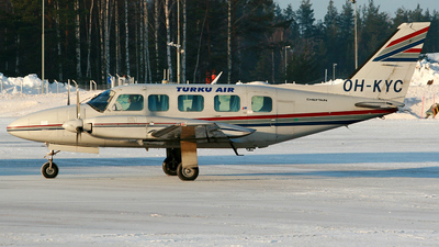 OH-KYC - Piper PA-31-350 Chieftain - Turku Air