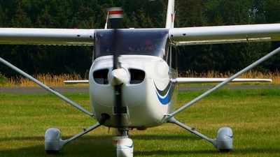 A picture of DEDAT - Cessna 172S - [172S8132] - © Be9L