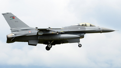 678 - General Dynamics F-16A Fighting Falcon - Jordan - Air Force