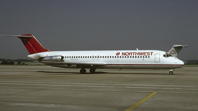 N917RW - McDonnell Douglas DC-9-31 - Northwest Airlines