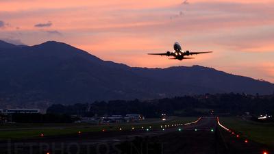 SKMD - Airport - Runway