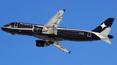 LY-COM - Airbus A320-212 - Avion Express