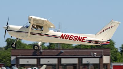 A picture of N869NE - Cessna 152 - [15280149] - © Steve Homewood