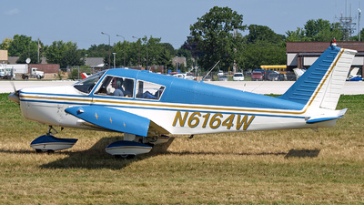 A picture of N6164W - Piper PA28140 - [2820182] - © Steve Homewood