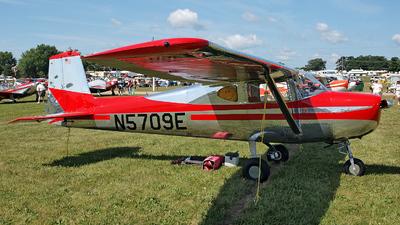 A picture of N5709E - Cessna 150 - [17209] - © Steve Homewood