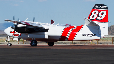 N425DF - Grumman S-2F3AT Turbo Tracker - United States - Department of Agriculture
