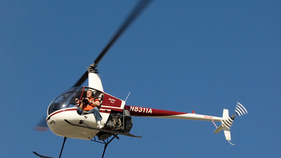 N8311A - Robinson R22 Beta - Private