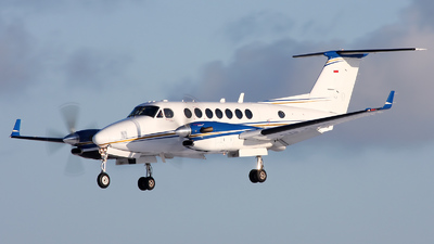 SP-FNS - Beechcraft B300 King Air 350 - White Eagle Aviation