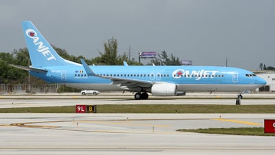 OO-JAQ - Boeing 737-8K5 - CanJet Airlines (JetairFly)
