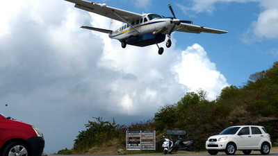 F-OSBC - Cessna 208B Grand Caravan - St Barth Commuter
