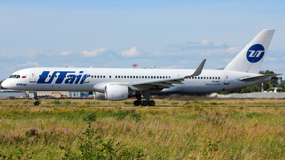 VQ-BKF - Boeing 757-28A - UTair Aviation
