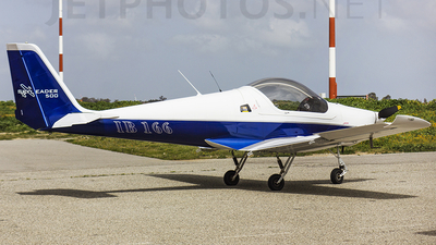 I-B166 - Skyleader 500 - Private