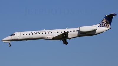 A picture of N13956 - Embraer ERJ145LR - [145078] - © Scott Kerhaert