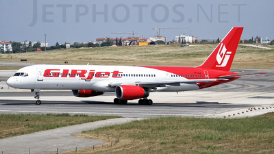 TF-LLZ - Boeing 757-225 - GIRjet (Loftleiðir Icelandic)