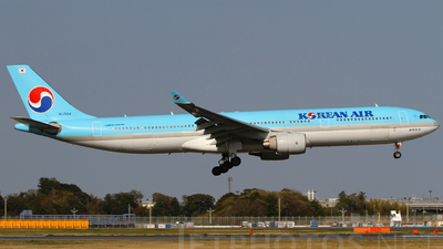 HL7554 - Airbus A330-323 - Korean Air
