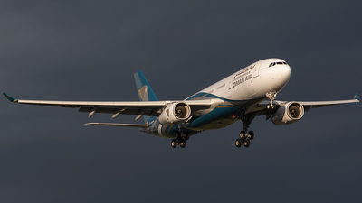VT-JWD - Airbus A330-243 - Oman Air (Jet Airways)