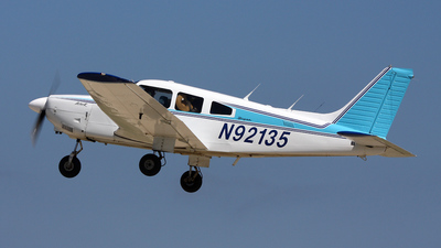 A picture of N92135 - Piper PA28181 - [288090127] - © Paul Chandler