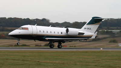 M-SKZL - Bombardier CL-600-2B16 Challenger 604 - Private