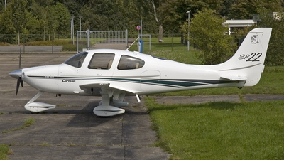 N7174P - Cirrus SR22 - Private