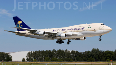 HZ-HM1A - Boeing 747-3G1 - Saudi Arabia - Royal Flight