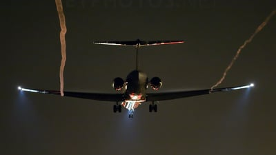 - McDonnell Douglas MD-83 - Spanair