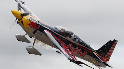 N423KC - Zivko Edge 540 - Red Bull Racing Team