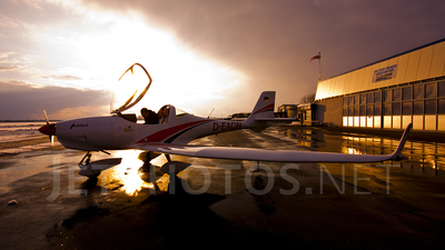 A picture of DEAQN - Aquila A210 - [AT01140] - © Marc Ulm