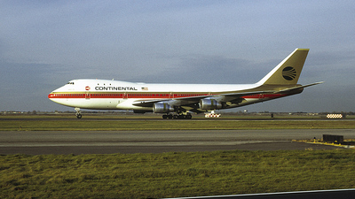 N26864 - Boeing 747-124 - Continental Airlines