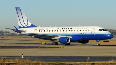 N649RW - Embraer 170-100SE - United Express (Shuttle America)