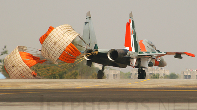 SB050 - Sukhoi Su-30MKI - India - Air Force