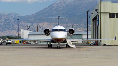 N999YG - Bombardier CRJ-200ER - Private