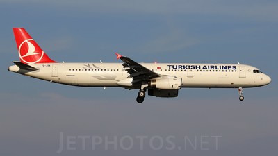 TC-JSA - Airbus A321-231 - Turkish Airlines